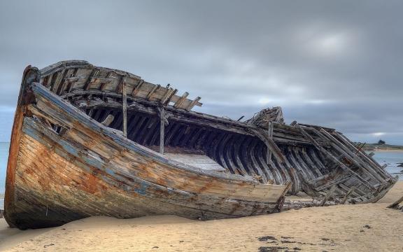 Abandoned-Shipwreck